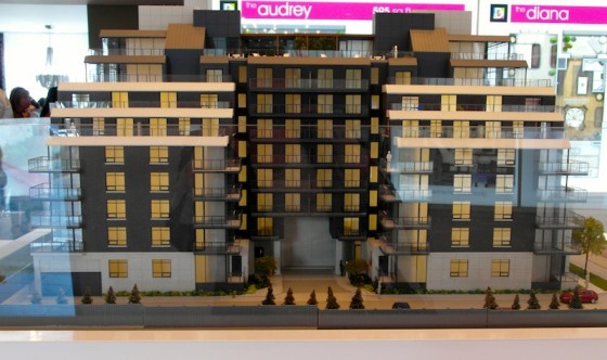 Diva Condo North York scale model