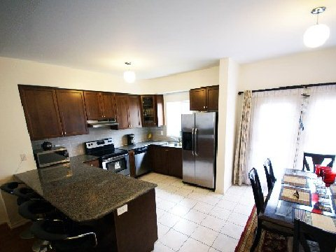 Town Homes Under 520k - 16 Ethel Bell Terr, Toronto - kitchen
