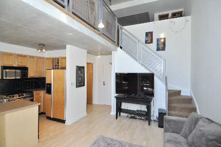 Toronto Real Estate - Apt. 807 - 800 King St. W - living